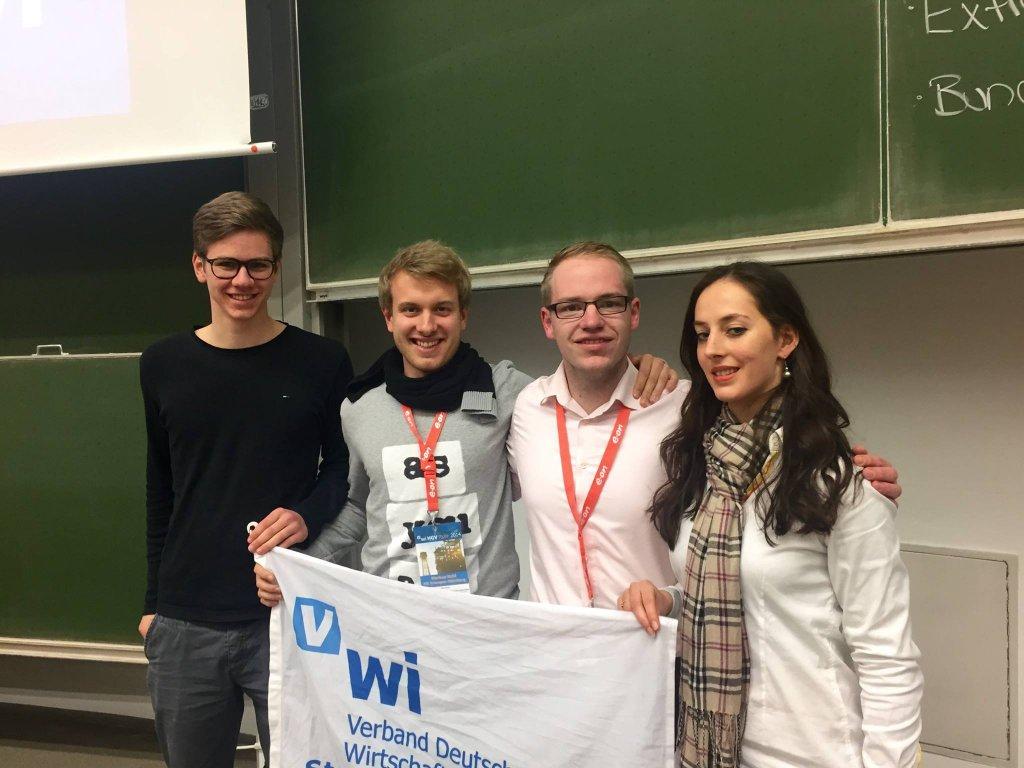 Jürgen Baumgärtner (SV), Markus Kohl (SV), Piet Wienke (SV für Finanzen), Lydia Binek (assoz. SV)